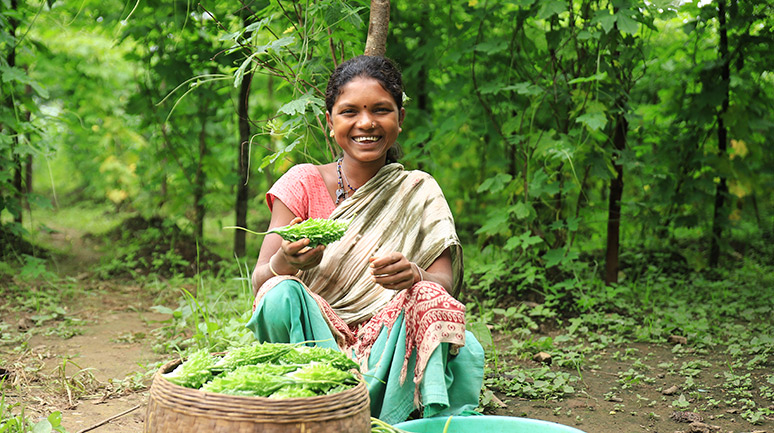 Lachani-with-her-produce