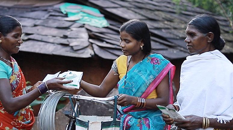 Somi-Baghel-selling-her-inputs