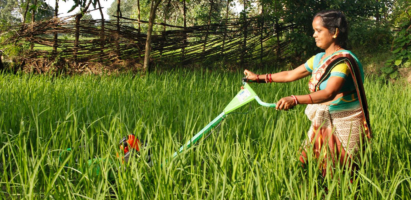 Pradan-Stepping-Out-Of-The-Lakshman-Rekha3